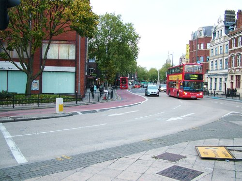 A photo of the bus lane which CS2 dumps you into.